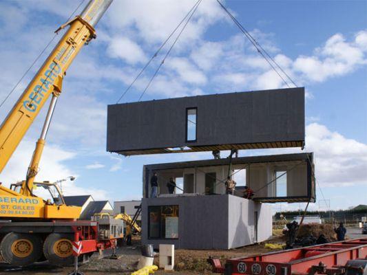 montage maison modulaire en bois