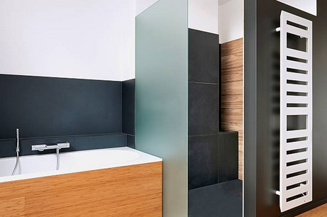 Quelle salle de bains dans une maison en bois?